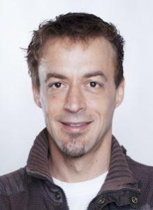 ZAHNARZT DR. MED. DENT. RAPHAEL PERREN